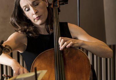 Zoe Knighton playing